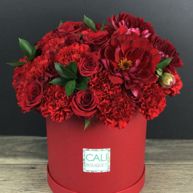 florists in manhattan beach ca manhttan beach florist Cali Bouquet flower in hat box Los Angeles